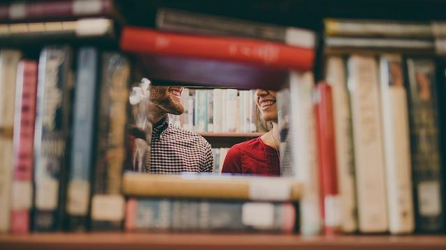 otvor z knih